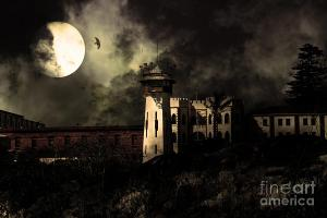 Full Moon Over Hard Time - San Quentin California State Prison . By Wingsdomain.com Art And Photography